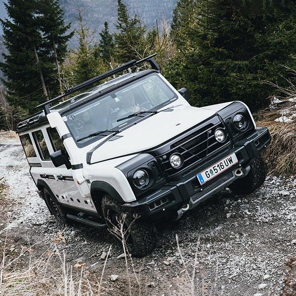 GrenadierVersus-MediaTextBlock-v2-lrg-600x600-Mountains.jpg